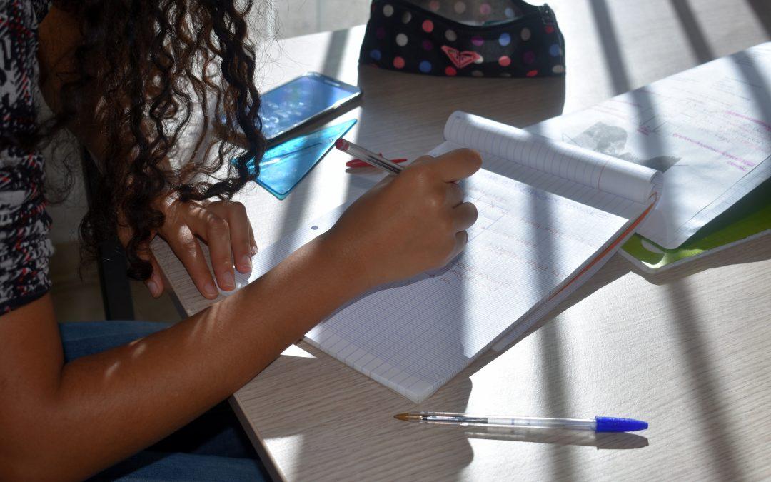 Le renforcement scolaire au Pôle Jeunes de Nouvel Horizon