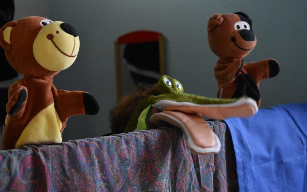 Spectacle de marionnettes à la micro-crèche de Berthe