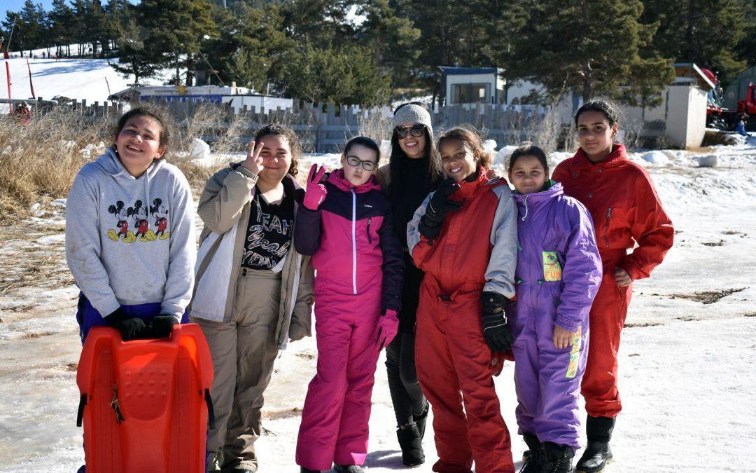 Journée Luge à Gréolières du Pôle Enfance et Famille de Nouvel Horizon