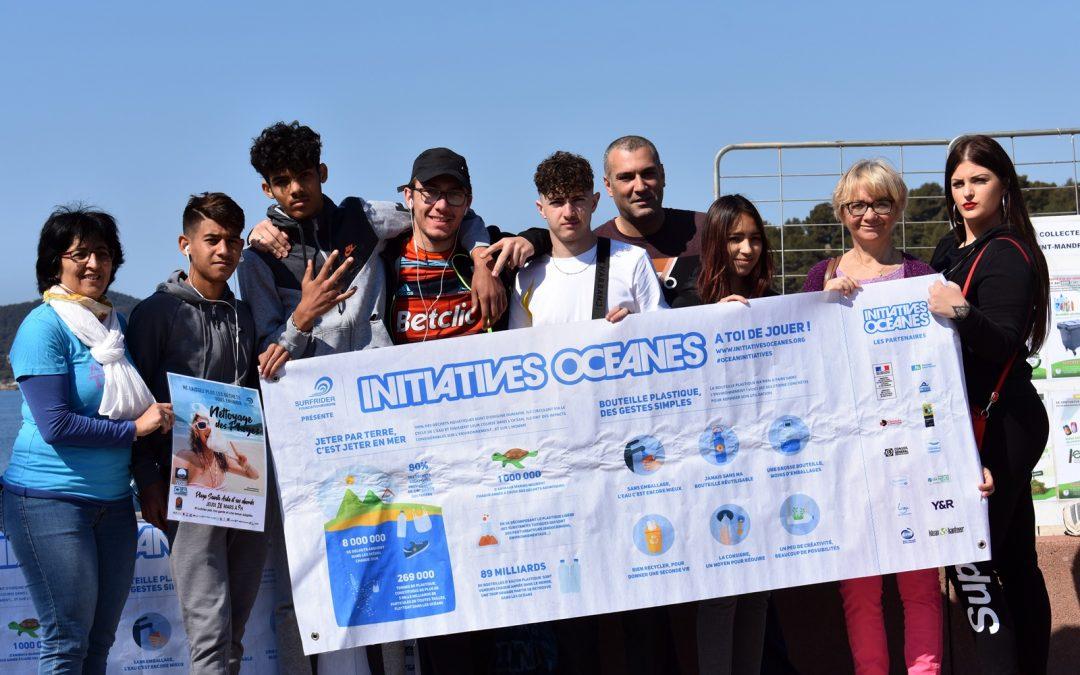 Action des Citoyens en Devenir de Nouvel Horizon sur du «Nettoyage de plage» avec Initiatives Océanes et la Mairie de Saint Mandrier